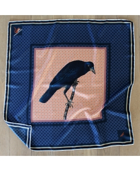 foulard en soie 90x90cm marine avec corbeau