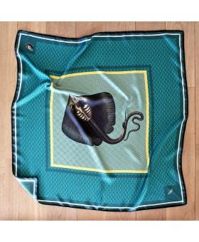 foulard en soie 90x90cm vert avec raie