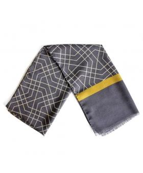 écharpe grise en laine