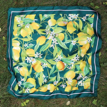 Foulard Soie vert motif citron