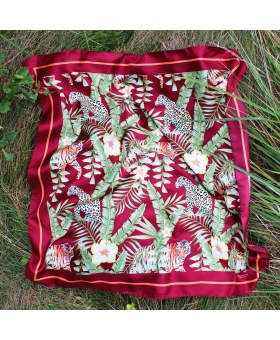 Foulard Soie bordeaux motif tigres