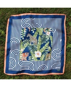 foulard en soie bleu avec lions