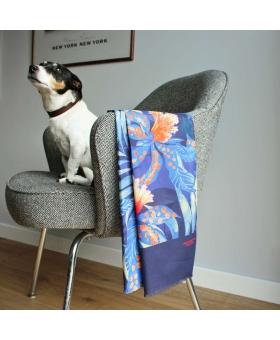 Foulard en coton bleu motif fleur