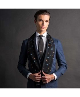 Wool scarf with black an blue terrazzo pattern