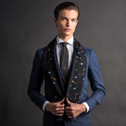 Echarpe en laine noir et bleu terrazzo